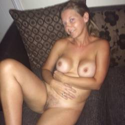 Medium tits of my wife - Beccy