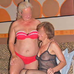 Lesbic Games - Big Tits, Lingerie