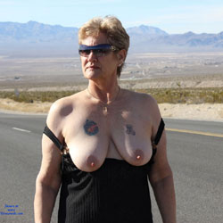 Valley Of Fire - Big Tits, Mature