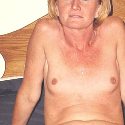 My Sexy Milf Showing For VW - Wife/Wives