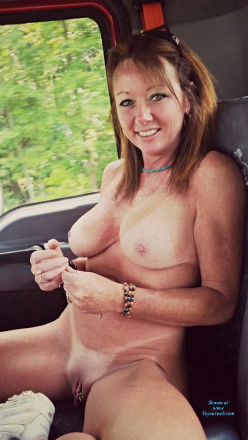 highway fun (wifes tits flashing)
