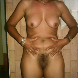 Milagros La Morena III - Brunette, Bush Or Hairy