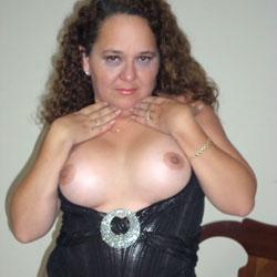 Cuban Ass - Brunette