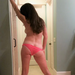 Heels And Panties - Brunette, High Heels Amateurs