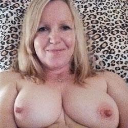 Dawns Sweet Nips - Big Tits