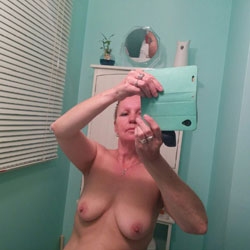 Shower Fun - Big Tits, Close-Ups, Bush Or Hairy