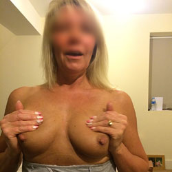 Mature Wife - Big Tits, Wife/Wives
