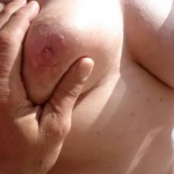 Medium tits of my wife - coetmi
