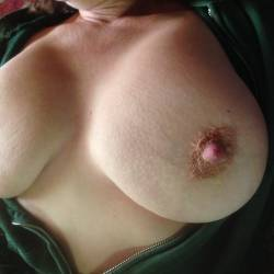 Very large tits of my girlfriend - bigtits niceset
