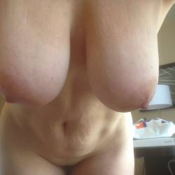 Very large tits of my girlfriend - bigtits nice set
