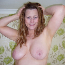 Sexy British Wife - Big Tits, Wife/Wives