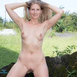 Bri Sweet As Sugar - Public Exhibitionist, Natural Tits, Firm Ass, Blonde, Big Tits, Public Place, Pussy, Shaved