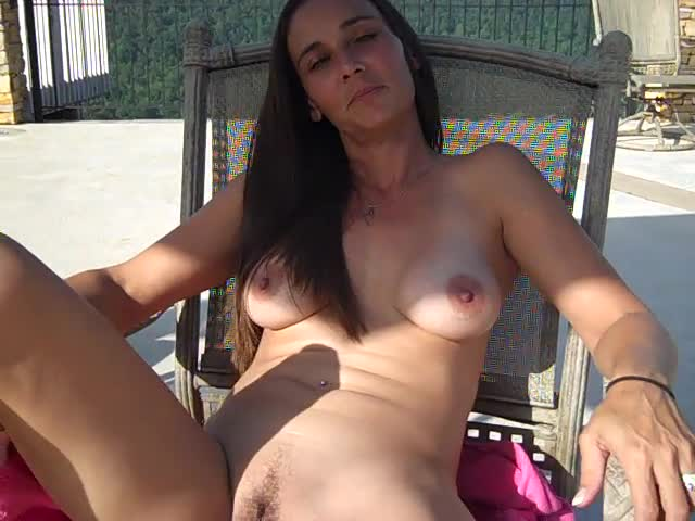 Tania cooly nude