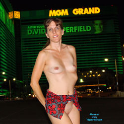 Taking It Off In Las Vegas - Big Tits, Brunette, Flashing, Public Exhibitionist, Public Place, Shaved