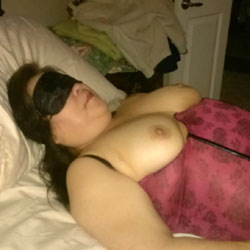 First Contribution - Wife/Wives, Lingerie, Brunette, Big Tits, Bush Or Hairy