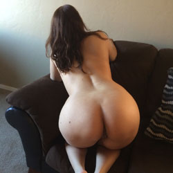 Sexy Wife - Brunette, Wife/Wives