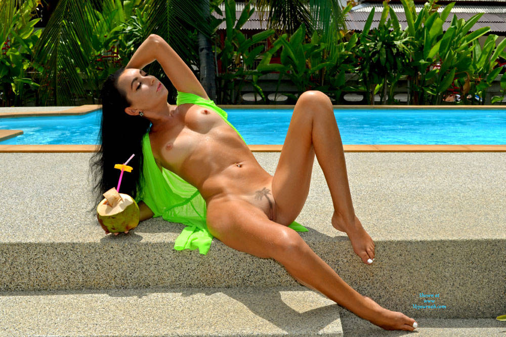 Coconut Paradise - Big Tits, Brunette Hair , Brunette Babe, Nude Whore, Slut Model, Sexy Babe