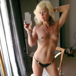 Meet My Sex Kitten - Blonde, High Heels Amateurs