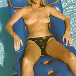 Pool 2 - Big Tits