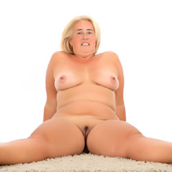 Nude For You - Big Tits, Blonde