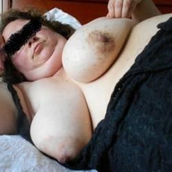 Large tits of my wife - Piggysam
