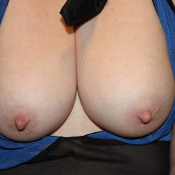 Medium tits of my wife - Mrs. bucks