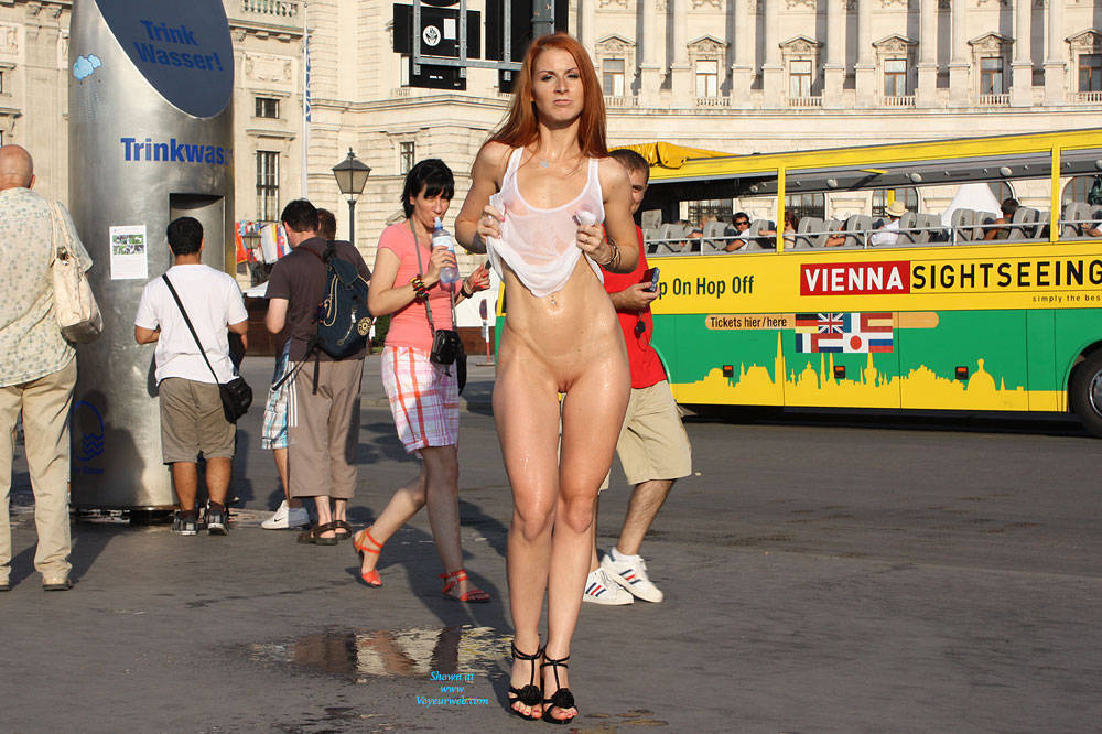 Nude In City 90