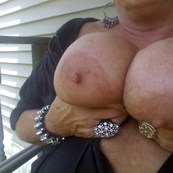Extremely large tits of my ex-wife - bigtits