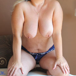 Ona - Big Tits