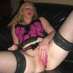 Dutch Milf Exposed - Masturbation, Lingerie, Shaved