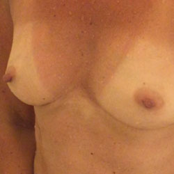 49 yo Boston Wife Looking - Wife/Wives, Bush Or Hairy