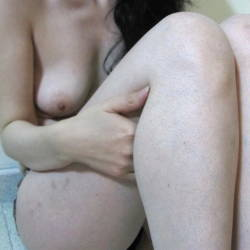 Small tits of my wife - Farah