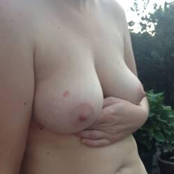 Medium tits of my wife - Caro