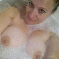 Yumm - Big Tits, Brunette