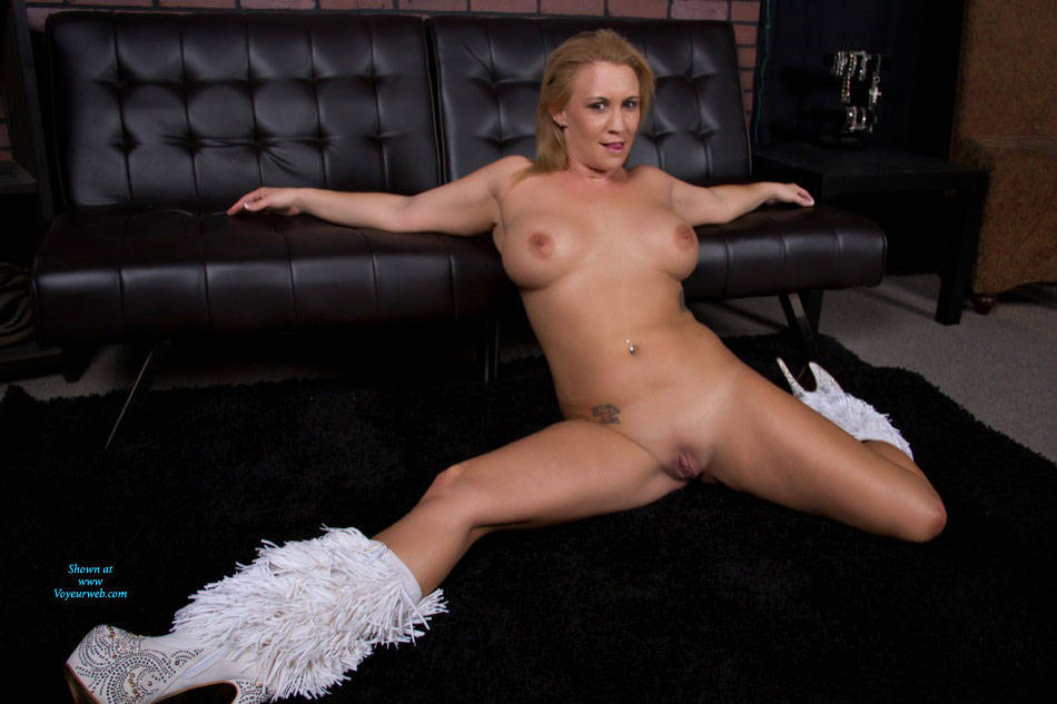 Pic #1 - My Goodies ! - Big Tits, Shaved , Nude, Naked, Slut, Lingerie, Horny Milf