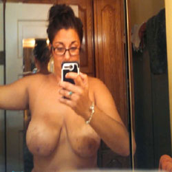 Selfies - Big Tits
