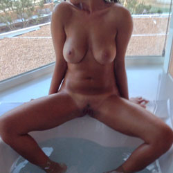 Fun In The Jacuzzi - Big Tits