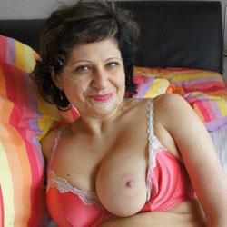 Cumshot - Big Tits, Brunette, Cumshot