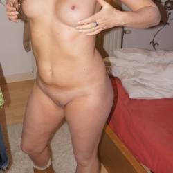 Medium tits of my wife - Mmss