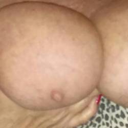 Very large tits of my wife - bigtits for you