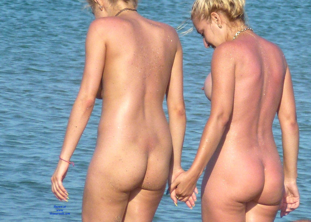 beach ass Nude