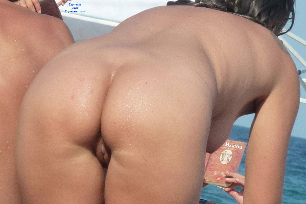 Sexy Nude Beach Ass - October, 2015 - Voyeur Web