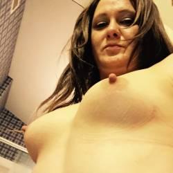 Medium tits of my room mate - Marie