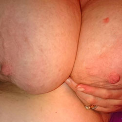 Big Ones  - Natural Tits, Big Tits, Wife/Wives