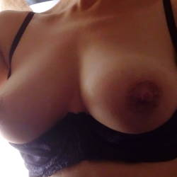 Medium tits of my girlfriend - Barbarella