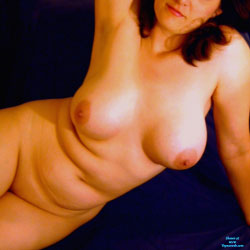 Jill Nude On Blue - Big Tits