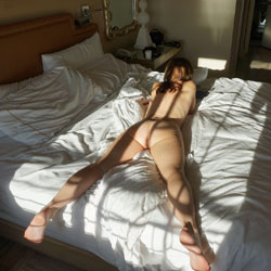 Ripley On Vacation ... Mixed - Beach, Bikini Voyeur