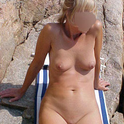 More Nude From Linda - Beach, Wife/Wives