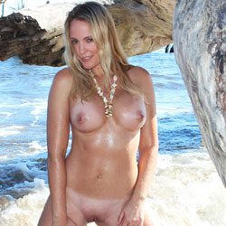 Wet and Hot - Firm Ass, Shaved, Blonde, Big Tits, Beach, Wet Tits