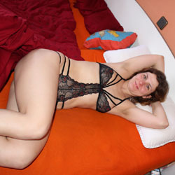 Having Some Fun - Blowjob, Brunette, Lingerie
